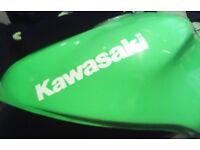 Kawasaki zx9r 1998 job lot of parts