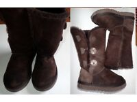 Ugg Boots Real Sheepskin 'Classic Tall 1873' size 5W to fit 3 or 4 UK