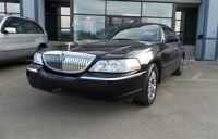 2007 Lincoln Town Car Signature Limited**LEATHER/V8