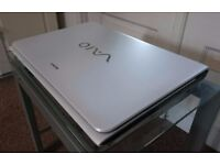 WHITE SONY VAIO SVE1513P1EW LAPTOP| INTEL i5 @3.20GHz | 8GB RAM+750GB HDD+WIN8 [RARE] 15.5""