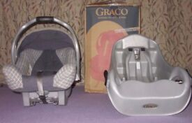 Graco baby car seat with autobase 0+