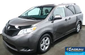 2013 Toyota Sienna V6   7 PASSAGERS  MAGS 17  CRUISE