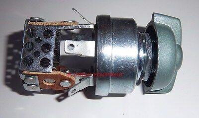 403571r1 Light Switch For Ih Farmall 504 656 706 806 856 1066 1256 1456 1466