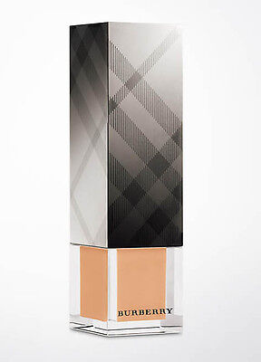 - New Burberry Sheer Luminous Fluid Foundation Trench No.10   30ml/1oz
