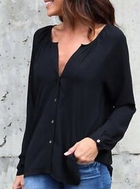 New Ladies Black Casual Loose Chiffon Buttoned Blouse Shirt with Ruching.Size 22 .