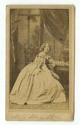 19th Century Fashion - 1800s Carte-de-visite Photograph - Heath & Beau of London
