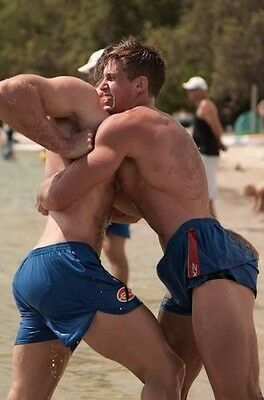 Shirtless Male Jock Muscular Hunks Beefcake Beach Wrestling Dudes PHOTO 4X6 C912