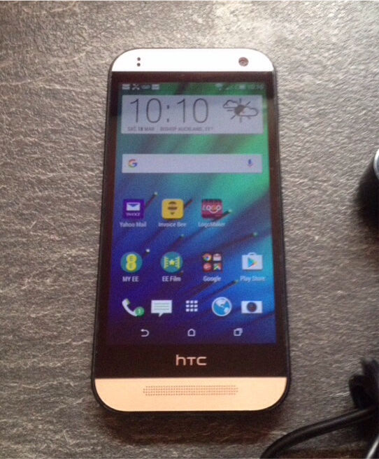 "HTC one mini 2 gold 16gbin Bishop Auckland, County DurhamGumtree - Htc One Mini 2 Amber Gold 16GB On EE network 4G13mp camerawork Latest software 4.5"" HD screenTwin speakers Good quality phonePerfect working order £60"