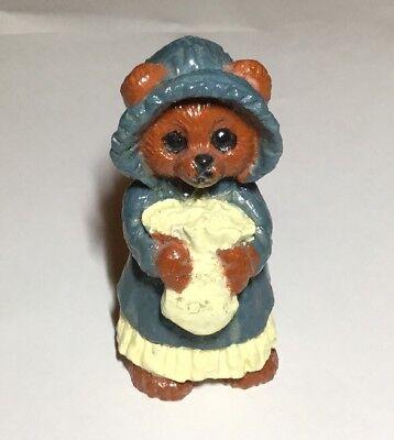 "Wooden Bear Pilgrim Outfit Knickknack 2.5"" Tall (Pilgrim Outfit)"