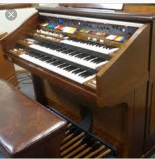 Antique Electronic Organ