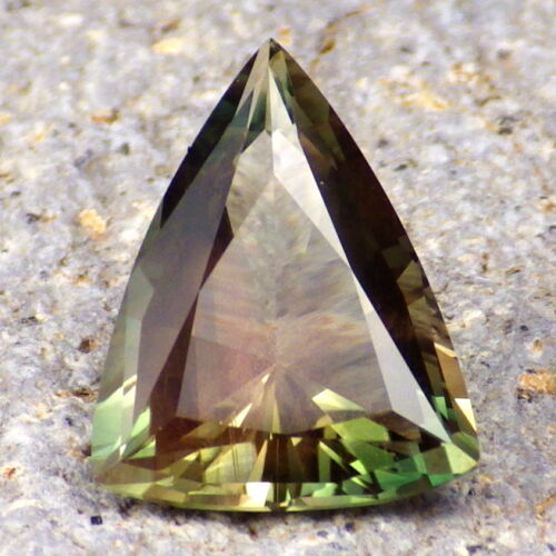 GREEN DICHROIC SCHILLER OREGON SUNSTONE 4.78Ct FLAWLESS-FOR JEWELRY-READ