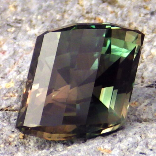 GREEN DICHROIC OREGON SUNSTONE 5.60Ct FLAWLESS-DEEP TEAL GREEN-INVESTMENT GRADE!