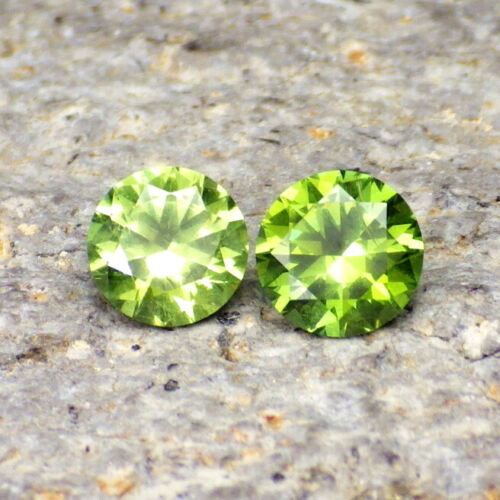 DEMANTOID-RUSSIA 0.94Ct TW TOP RARITY JEWELRY PAIR WITH US APPRAISAL