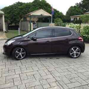 2013 Peugeot 208 Hatchback **12 MONTH WARRANTY** Coopers Plains Brisbane South West Preview