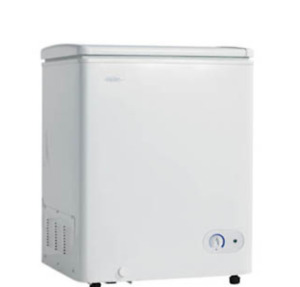 DANBY COMPACT CHEST FREEZER 3.6 cu ft