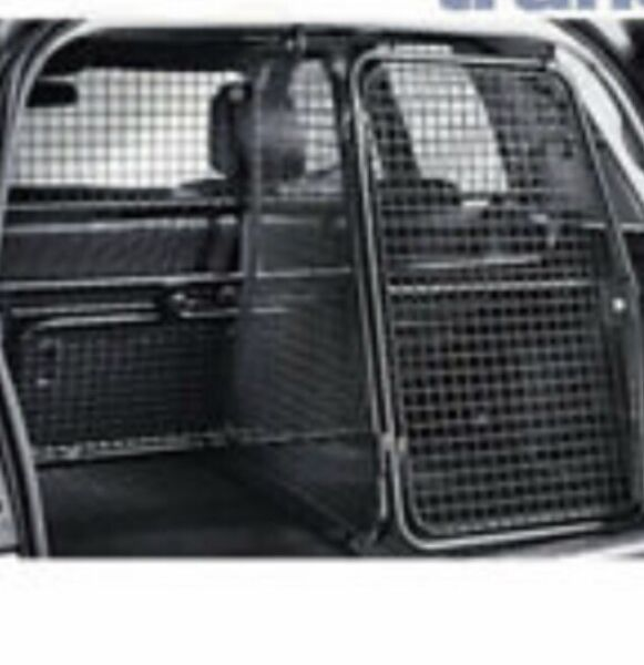 Arrow LANDROVER FREELANDER 97-02 SLOPING CAR DOG CAGE BOOT TRAVEL CRATE PUPPY GUARD