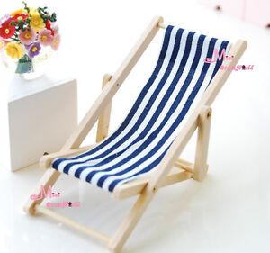 1 12 dollhouse miniature foldable blue white beach chair chaise longue ebay. Black Bedroom Furniture Sets. Home Design Ideas