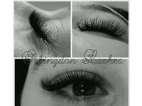 Eyelash extensions Classic & Russian Volume