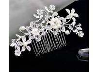 Brand New crystal and pearl Hair Comb