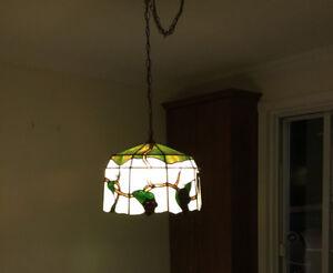 Luminaire suspendu de style Tiffany