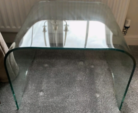 3 x 14mm solid curved glass coffee tables 2 small and 1 large