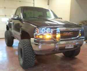 "Lifted 6"" Stepside Pickup Truck GMC Sierra Z71 4x4"