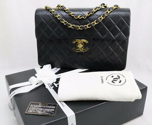 CHANEL XL JUMBO FLAP LAMBSKIN PURSE - AUTHENTIC Sarnia Sarnia Area image 1