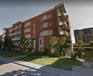 Condo 4 1/2 à louer | Laval | Meublé | Parking intérieur