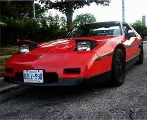 1986 Pontiac Fiero (and many parts)