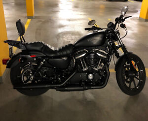 Harley Davidson Iron 883 2017 impeccable!