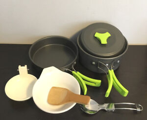 ~ Brand New: MallowMe Mess Kit - Perfect for Hiking/Camping/Fish
