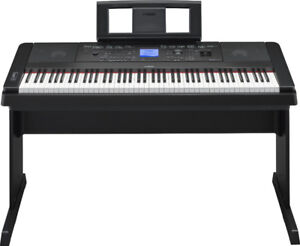 Yamaha DGX-660 Digital Piano keyboard
