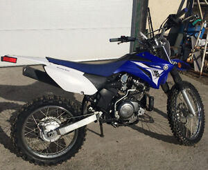 YAMAHA 2014 TTR dirt bike