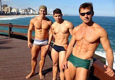 Shirtless Trio Bare Feet Muscular Male Hunks Speedo Jocks PHOTO 4X6 N424