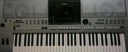 Yamaha PSR S900 Arranger Keyboard