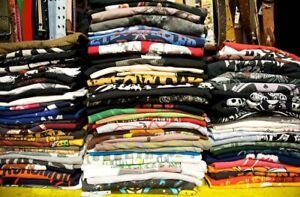 Looking for Vintage T-shirts and Crewneck Sweaters