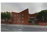 Partly furnished 3 bedroom flat**separate living room**off street parking**on Old Kent Road, SE1