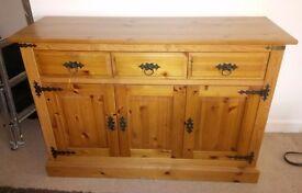 Beautiful pine cabinet (needs a little tlc!)