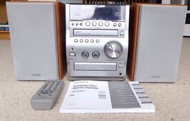 Aiwa compact stereo system