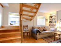 SHORT TERM LET: (Ref: 510) Northumberland St. NW Lane. Beautiful 2 bed New Town mews cottage!