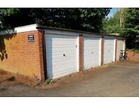Garage to rent in Knowle