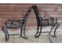 (#568) vintage pair of garden cast iron bench ends (Pick up only, Dy4 area)