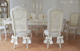 *** Perfect for Christmas !!! UNIQUE & BEAUTIFUL *** French Shabby Chic Dining Table & Six Chairs!!!