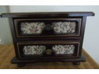wooden musical jewellery box