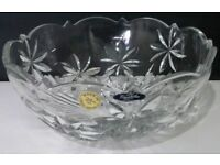 NEW CRYSTAL GLASS FRUIT BOWL, 24% Lead Crystalex Bohemia Czech Crystal 22cm / 8.5inch Wide