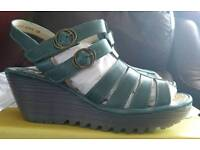 Fly London Ygor sandals size 5 Petrol