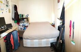 Room to rent in Stratford available in June