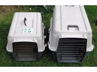 Transport Box for medium to large sized dogs. Ideal for (air) travel. The box meets IATA standards