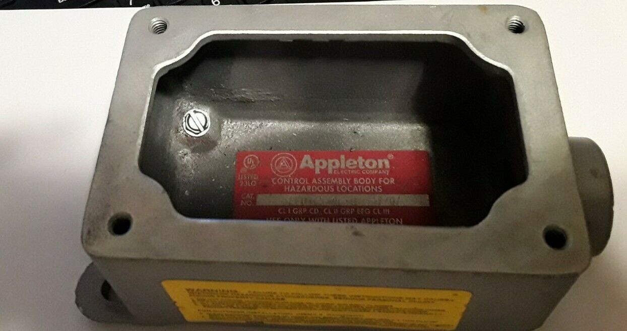 New APPLETON ELECTRIC EFD175A-NL-Q Control Assembly Body - $45.00