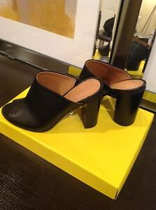 Kenneth Cole black leather mules - size 7 - never worn